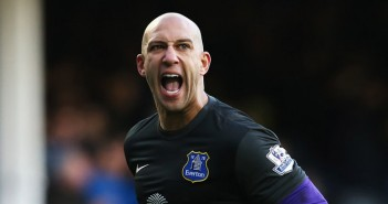 Tim Howard signs new Everton contract extension